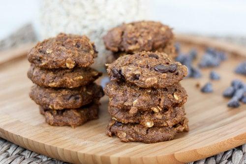 Vegan Pumpkin Oatmeal Chocolate Chip Cookies