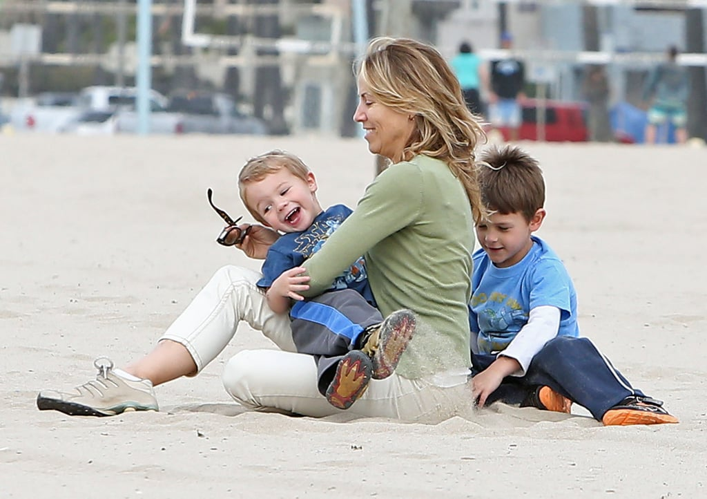 Sheryl Crow hung out in Venice Beach, CA, with her sons, Wyatt and Levi, last Wednesday.