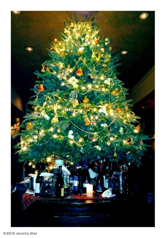 Jessica Biel snapped a photo of her Christmas tree decorated with lights and fruit. Source: Jessica Biel on WhoSay