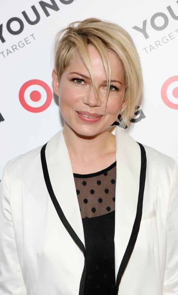 The piecey bangs make this pixie look a bit edgier than anything we've ever seen on Michelle in previous years.