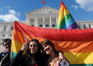 DC Legalizes Gay Marriage, Loses Social Services