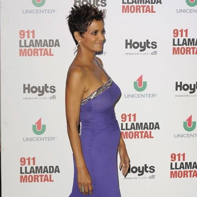 Halle Berry's Baby Bump in Buenos Aires | Photos