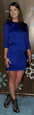 Olivia Wilde Wears Blue Dress and Jimmy Choo to  Fox Party