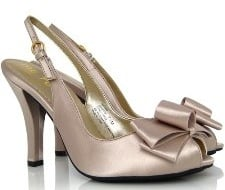 Hot Holiday Shoes Under $100