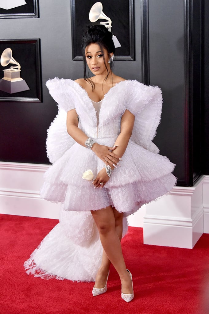 Watch 25 Outfits That Will Make You Fall ForFeathers video
