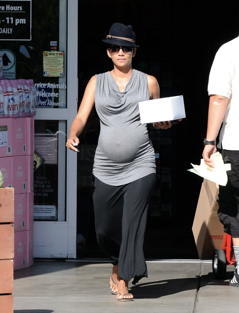 Halle Berry headed to an LA market on Friday.