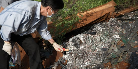 Inside Hong Kong's Toxic Gadget Junkyards