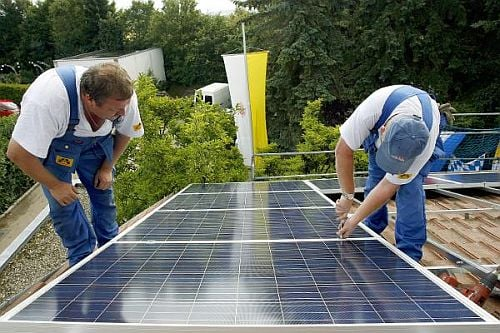 Casa Verde: Pope Benedict Goes Solar