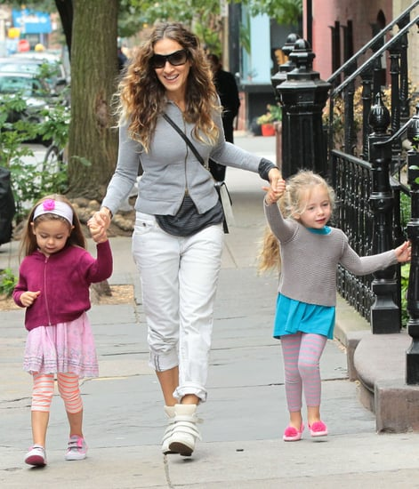Sarah-Jessica-Parker-held-hands-Tabitha-Loretta-during