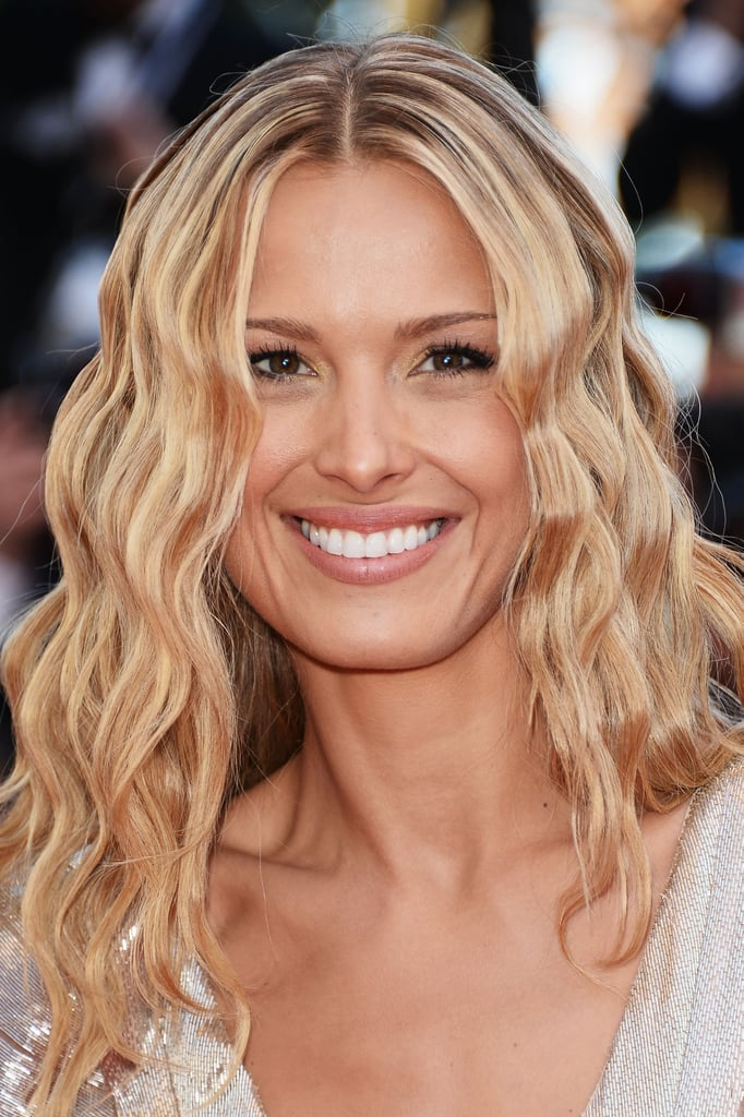 Petra Nemcova went with '90s glamour on the Cleopatra red carpet, sporting crimps in her hair.