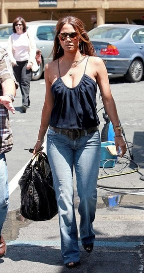 Halle Berry Runs Some Errands
