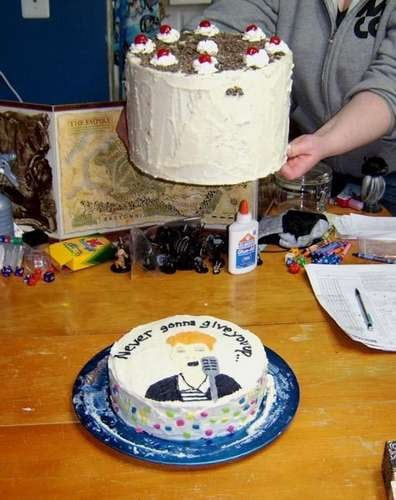 Craftzine Reader Commits Real-Life Cake Rickroll