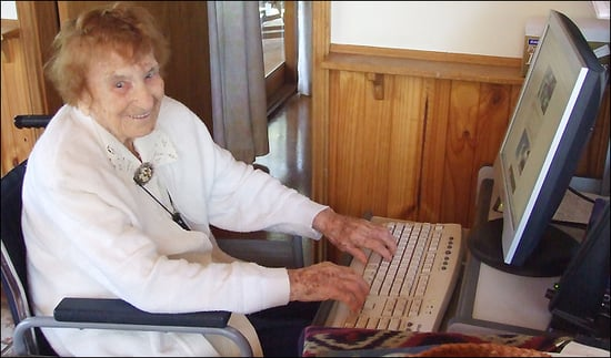 Daily Tech: The Oldest Blogger, Olive Riley, Passes Away at 108