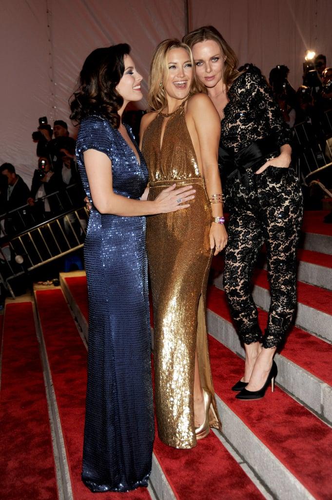 Liv Tyler, Kate Hudson, and Stella McCartney — 2009