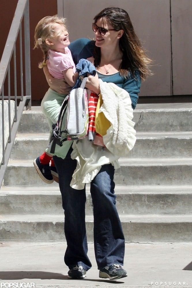Jennifer Garner and Violet Affleck shared a laugh leaving her school in LA in March 2009.