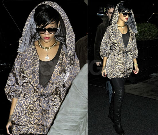 Photos of Rihanna in NYC, Reports No Cameras Allowed at Chris Brown Trial