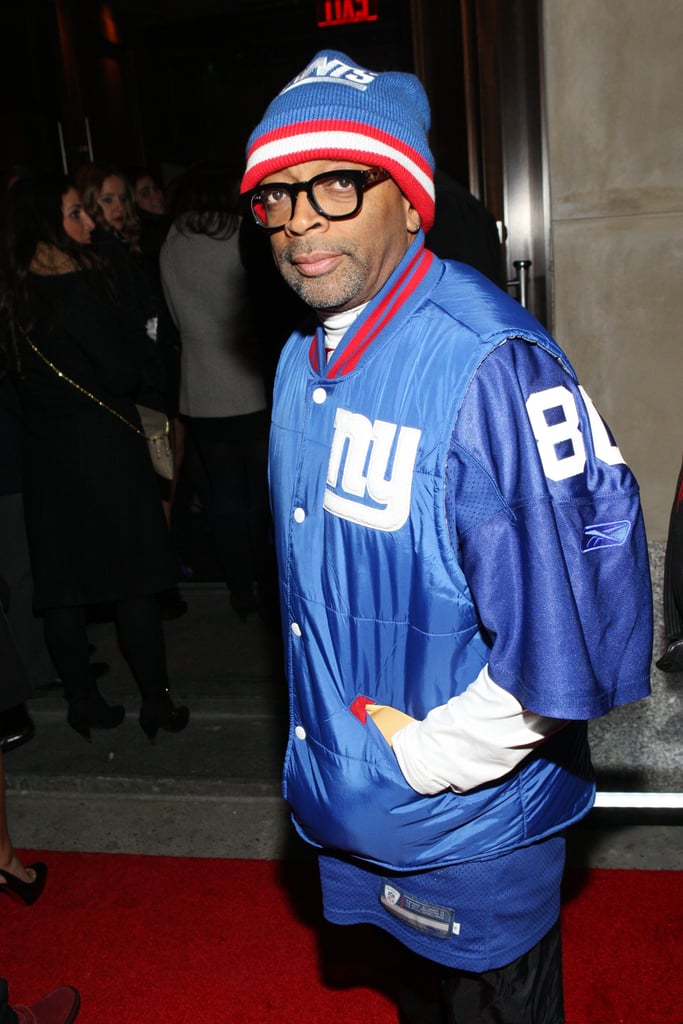 Spike Lee showed his New York sports support on his way into Jay-Z's 40/40 Club.