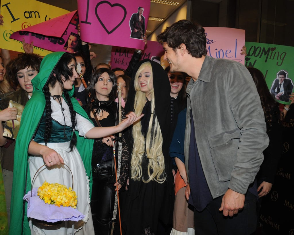 Orlando Bloom was greeted by fans in Turkey.
