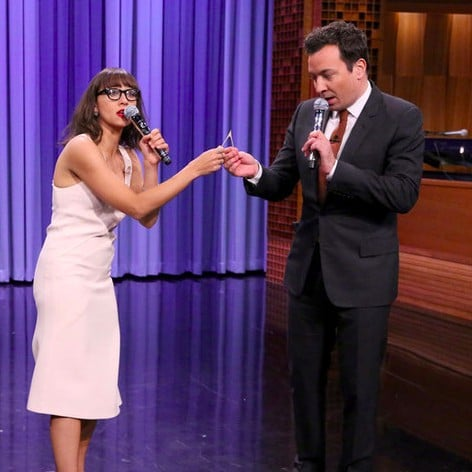 Jimmy Fallon and Rashida Jones Holiday Medley 2015