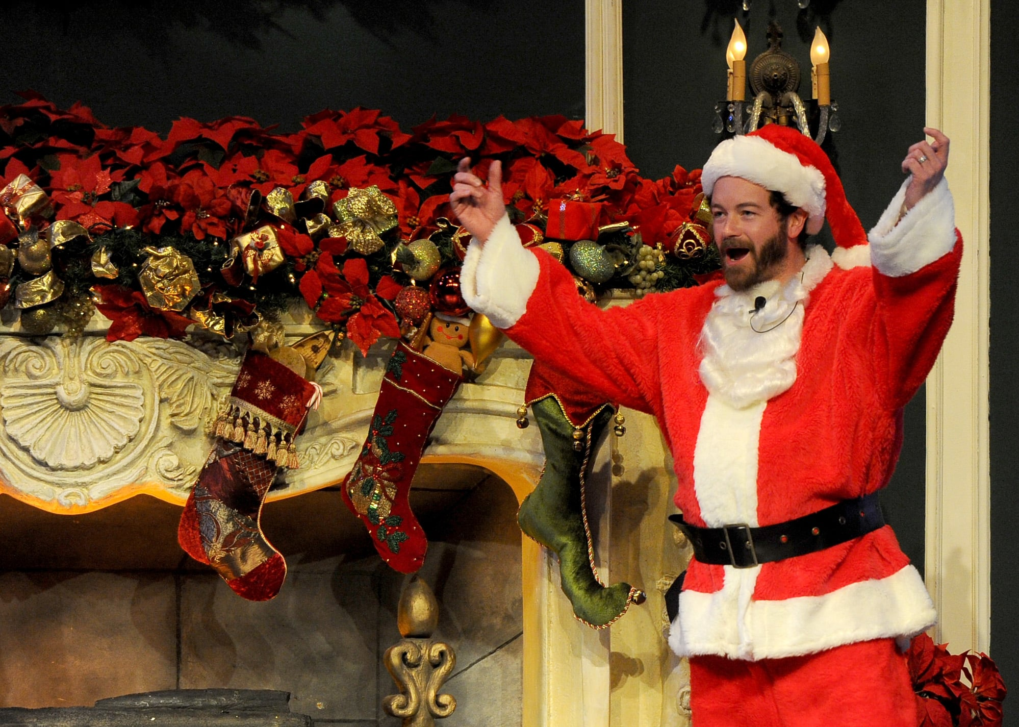 Danny Masterson played a beardless Santa at the Church of Scientology's Christmas stories event in LA.