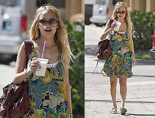 Nicole Richie Walks in the Sun