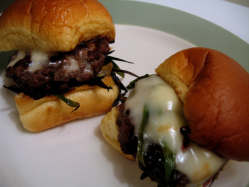 Yummy Link: Honey Scallion Sliders