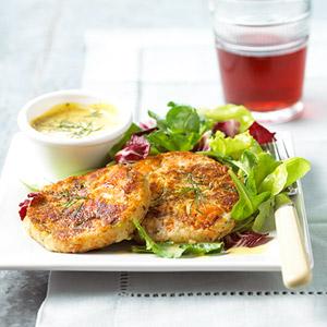 Fast & Easy Dinner: Salmon-Potato Cakes