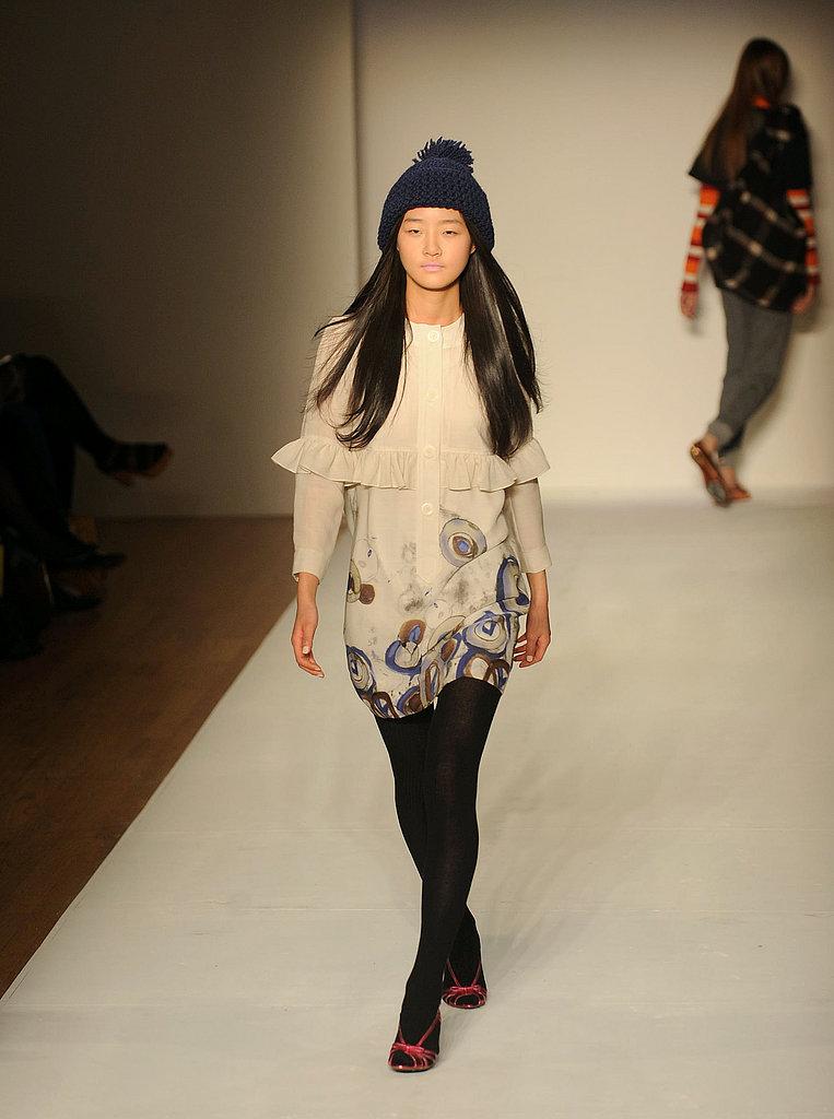Karen Walker Fall 08 Fashion Show