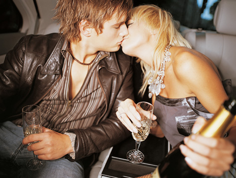 Dear Poll: Have You Talked to Your NYE Kiss?