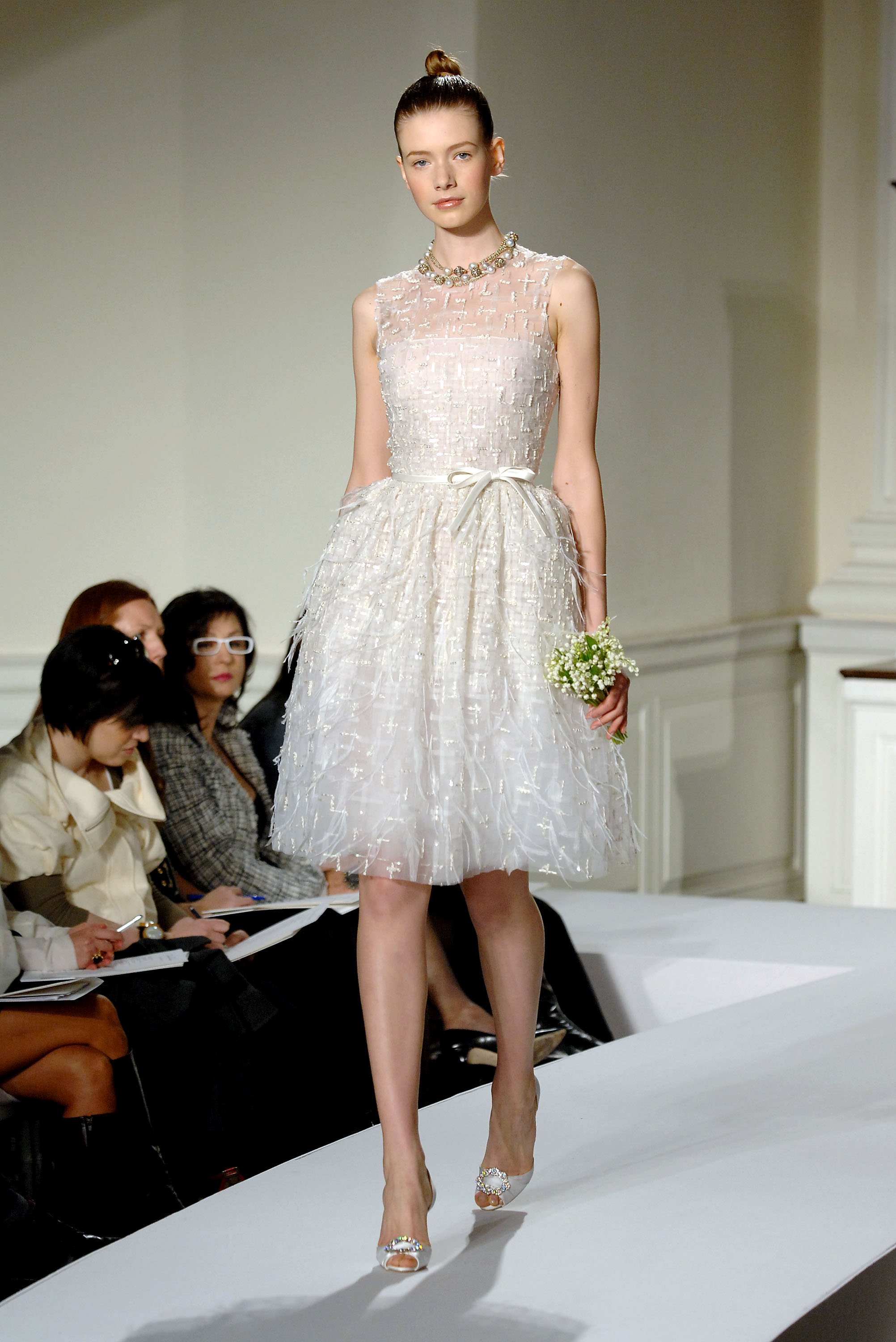 Oscar de la renta spring 2009 bridal collection popsugar for Oscar de la renta short wedding dress