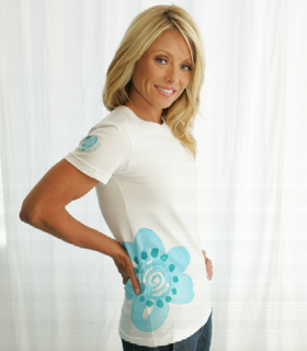 Kelly Ripa Designs Limited-Edition T-Shirt For National Ovarian Cancer Awareness Month