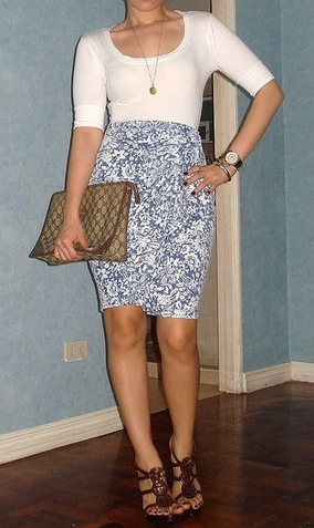 Look of the Day: Vintage Swirls