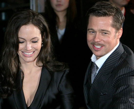 Photo of Angelina Jolie and Brad Pitt at Tokyo Benjamin Button Premiere