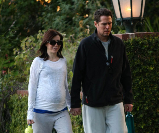 Photo of Pregnant Alyson Hannigan and Husband Alexis Denisof Out for a Walk in LA