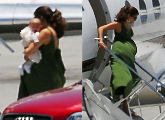 Photos of Jennifer Lopez Boarding Private Plane With Her Twins