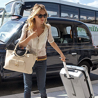 Photo of Sienna Miller at Heathrow 2008-07-21 22:39:10