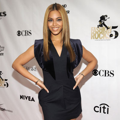 Check Out All of the Hot Looks From Fashion Rocks!