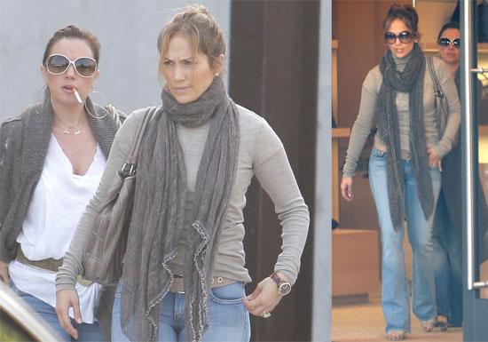 Photos of Jennifer Lopez Shopping in LA on Black Friday