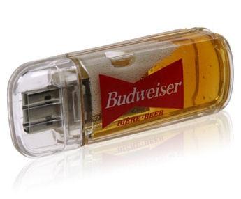 Beer USB Drive: Geekish or Freakish?