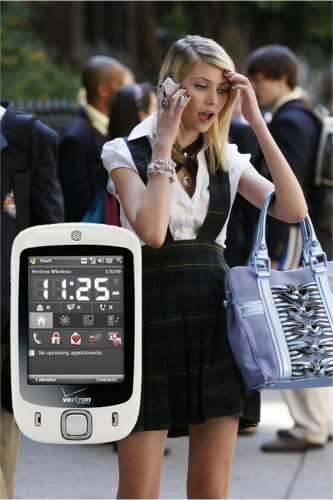 Taylor Momsen's Character Jenny Humphrey's New Cell Phone on the CW's Gossip Girl