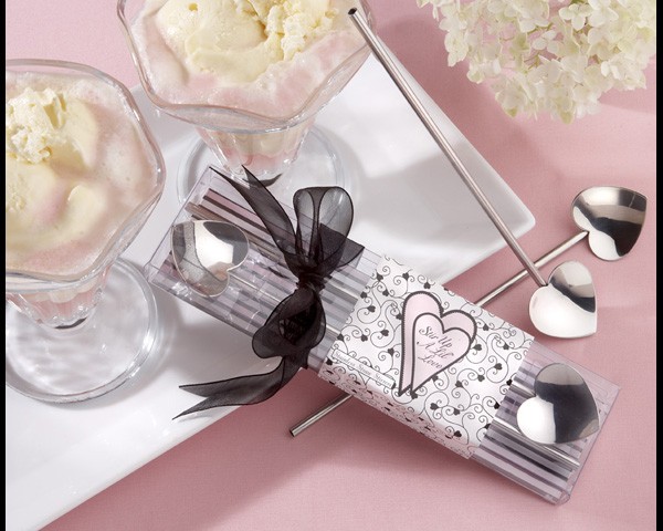 They'll be able to liven up their ice cream parties with these heart straw stirrers.
