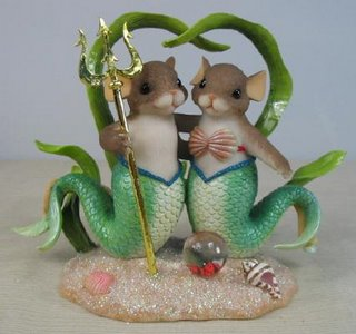 I'll deal with your love of mice, and love of mermaids. But mermice? What exactly does a mermice cake topper tell your guests?