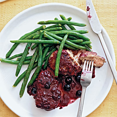 Pan-Fried Pork With Blueberries