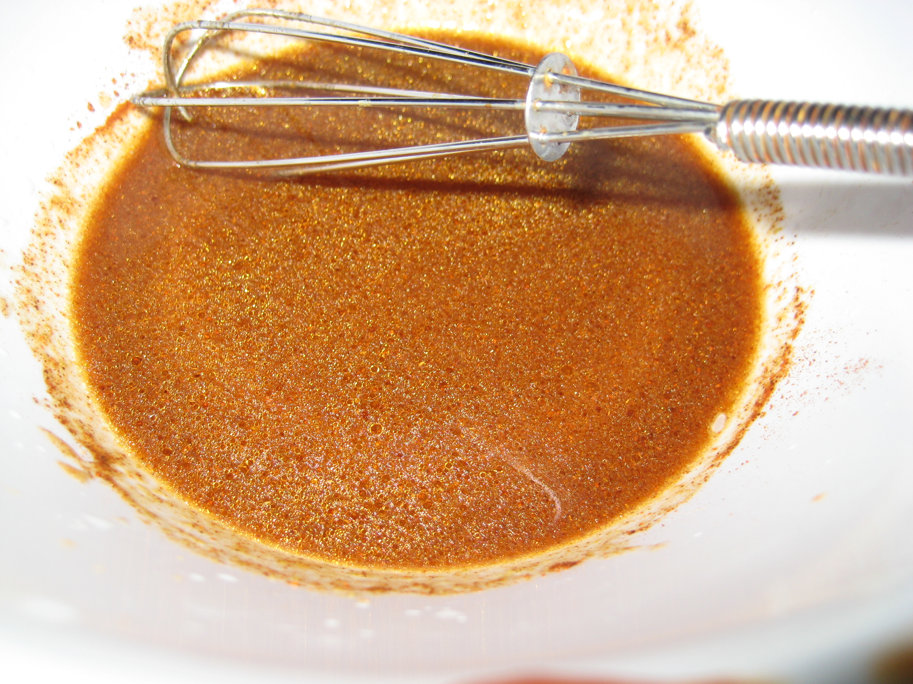 The chipotle sauce after being mixed.