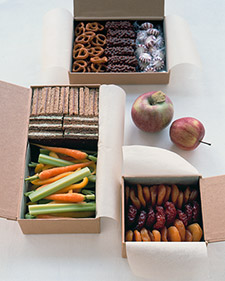 How to Make a Bridal Snack Pack