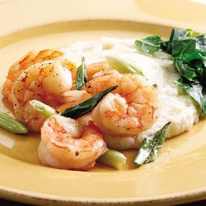 Fast & Easy Dinner: Shrimp and Cheddar Grits
