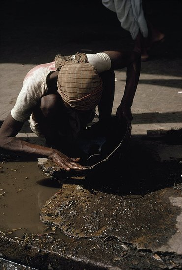 The Ultimate Crappy Job? Bangladeshis Pan Gold in Sewers