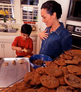 Lil Tip: Create Warm Milk and Cookie Memories