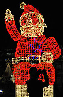 Ecomomics:  Five Ways For Santa to Stretch His Budget