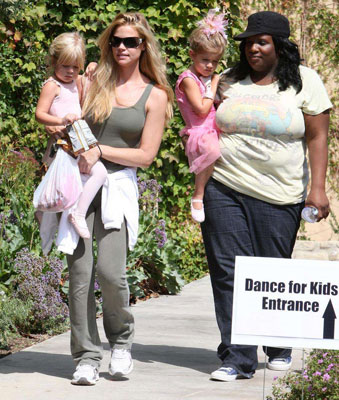 Denise Takes Her Princesses to Dance Class
